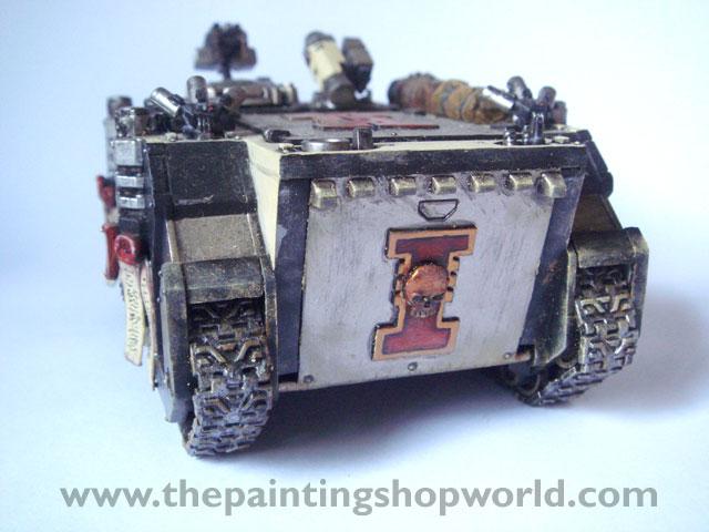 40k Daemonhunter Rhino Tank with weathering effect